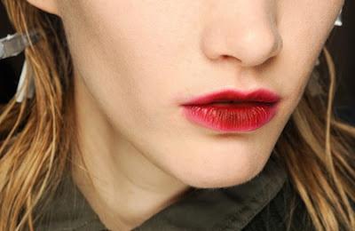 blog vin beaux-vins taches vin rouge lèvres