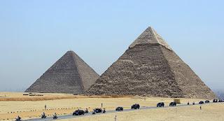 بالصور: بعثة أثرية تكشف أخطر أسرار بناء الأهرامات المصرية
