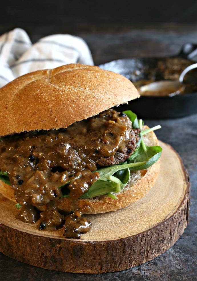 Burger-Au-Poivre-1