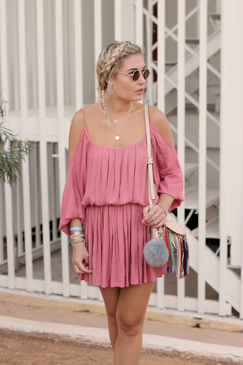 ootd-Look-Outfit-Style-Dress-Off Shoulder-About You-Birkenstock-Sassyclassy-Kleid-Summer Dress-Sommer Kleid-Streetstyle-Modeblog-Fashionblog-Blogger-Bloggerlook-Lauralamode-Munich-Muenchen-Deutschland