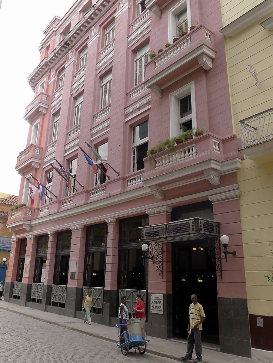 Fassade des Hotels
