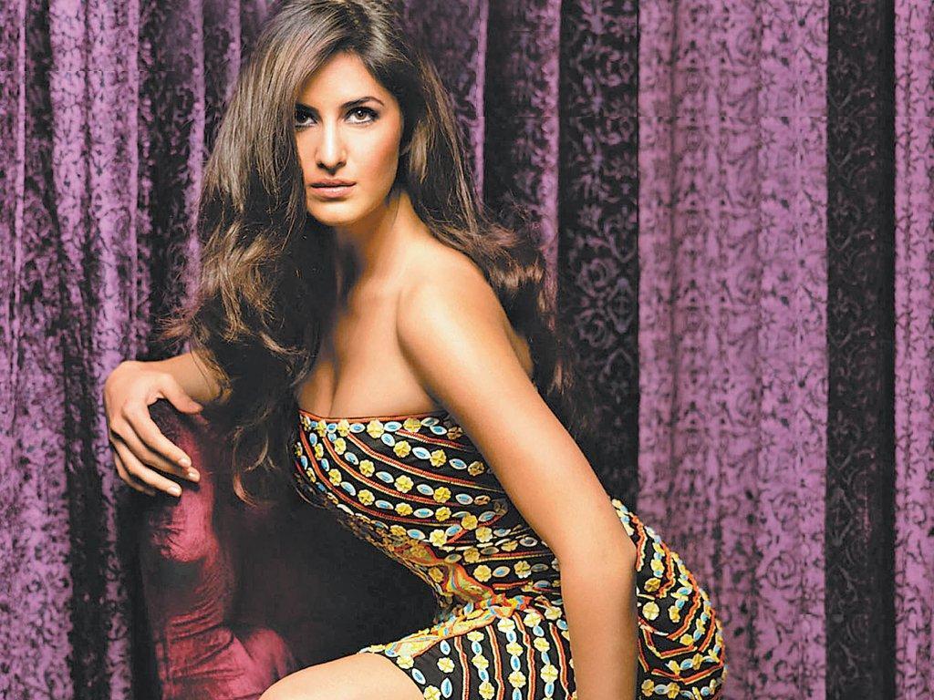 Katrina kaif hot boom curious