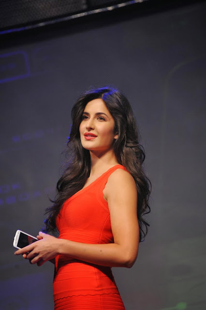 Katrina Kaif sexy toned legs + other HQ pics
