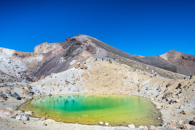 Stunning clear lakes on Tongariro Crossing