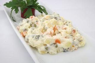 entrée froide à la mayonnaise : la salade russe