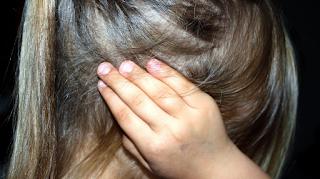 12χρονος βίασε την 6χρονη αδελφή του αντιγράφοντας σκηνή από βιντεοπαιχνίδι
