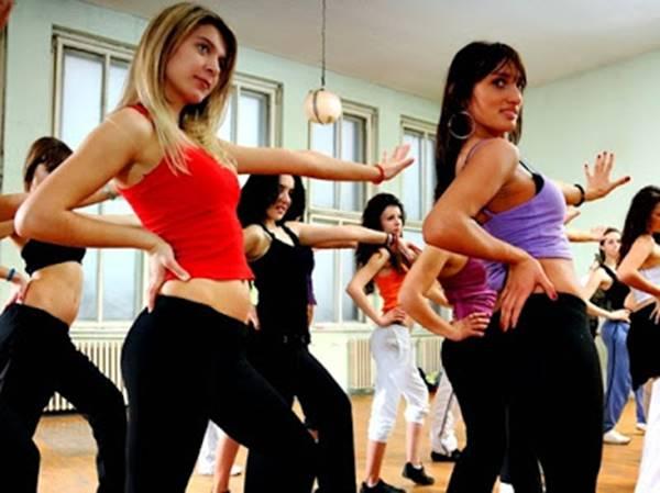 Hacer ejercicio en ayunos sin supervisión médica es un error muy común entre los principiantes que hacen ejercicio