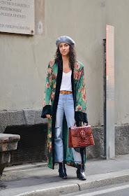 Sumi kimono robe, silk robe, vintage Hermes belt, Banana Republic straight leg denim, curly hair, style in milano how to wear a beret with curly hair