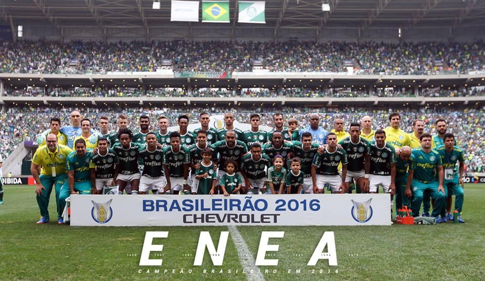 Palmeiras derrota Chapecoense e conquista nono título brasileiro ... ad38c26af6547