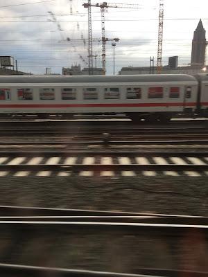 Skyline, Zug, Schienen, Weichen