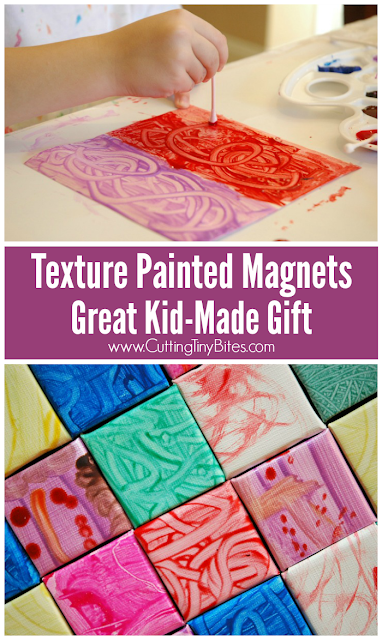 Texture Painted Magnets. Great gift that kids can make for Mother's Day, Father's Day, Christmas, or a birthday!