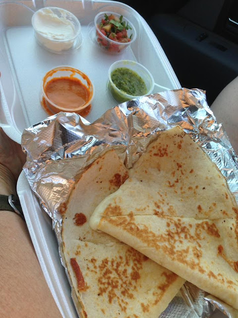 El Pariente Food Truck Quesadilla
