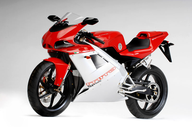 125cc sportbikes 2011 cagiva mito 125 sp525. Black Bedroom Furniture Sets. Home Design Ideas