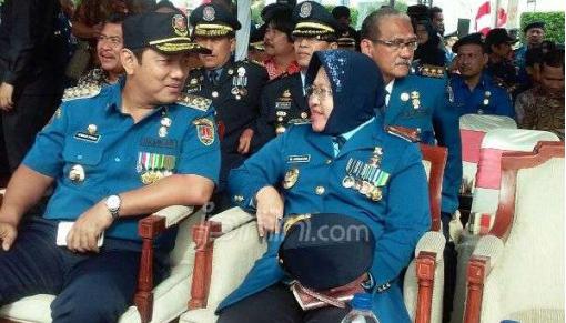 PNS Dapat Hukuman Hormat Bendera Setengah Jam