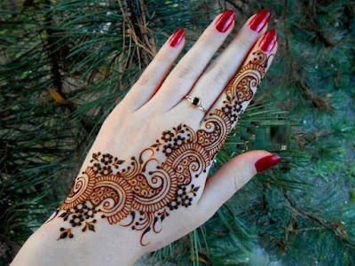 special-chand-raat-henna-designs-for-eid-2016-17-for-hands-7