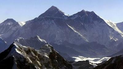 Gunung Pangram razi