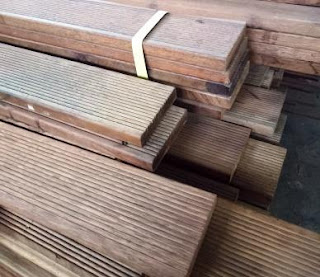 decking kayu outdoor