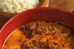 Lamb in creamy cardamom curry