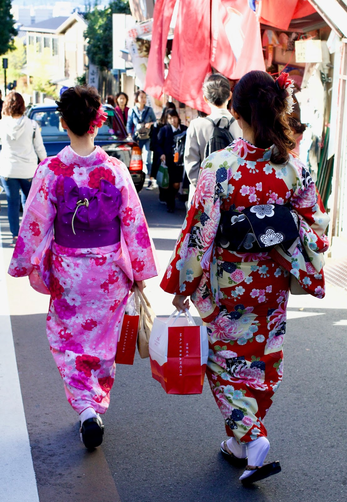 Tradition-dress-Kyoto-Japan