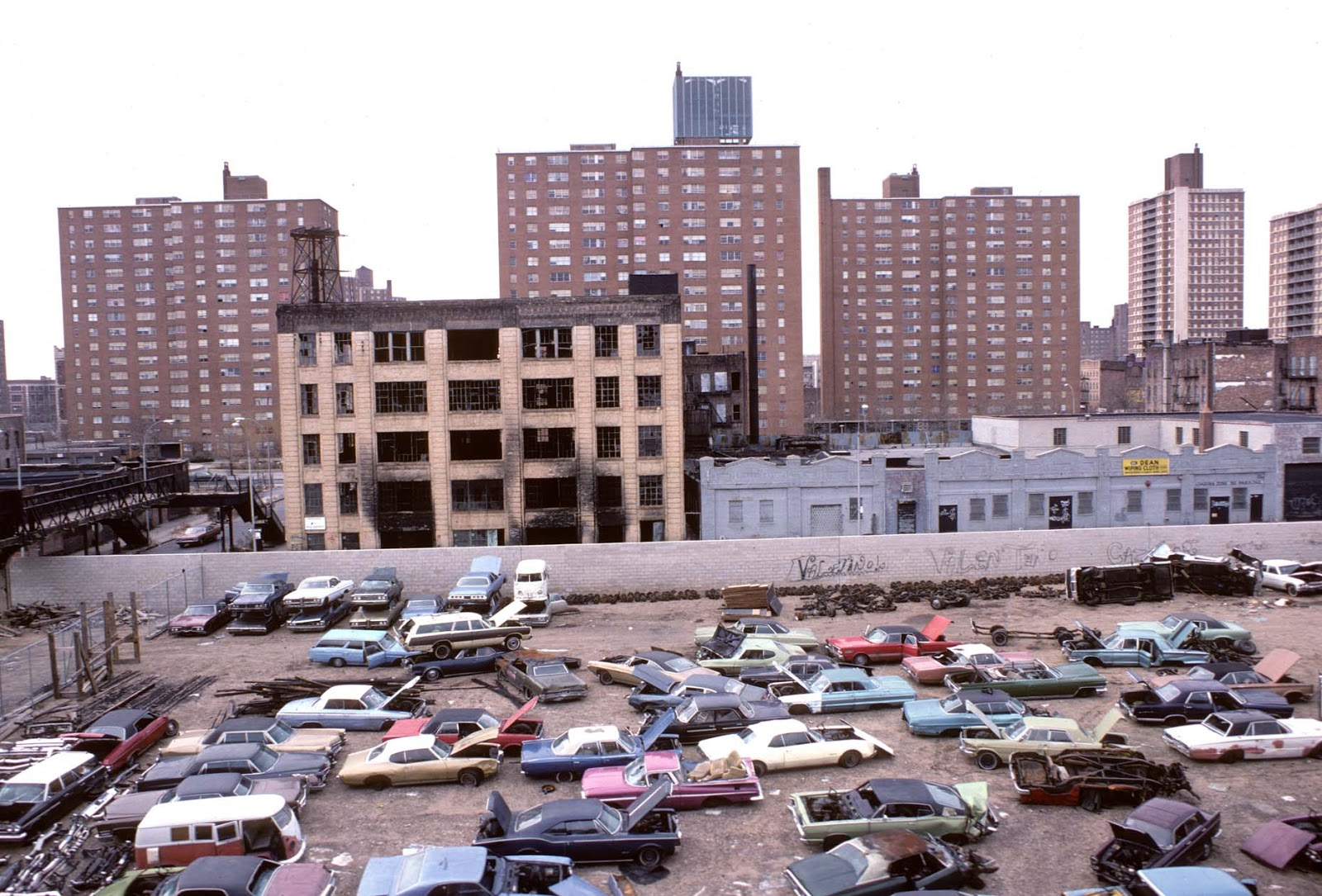 87901346b7 Awesome Photographs of New York City in the 1970s ~ vintage everyday