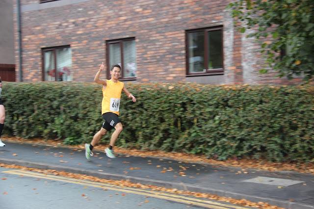 stockport 10k runner