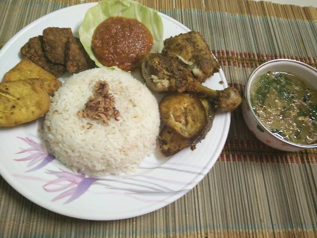 Resepi nasi ayam penyet dengan sambal dan sup