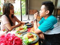 Up 2 Date Sajikan Menu Nasi Goreng Kasih Sayang di Hari Valentine