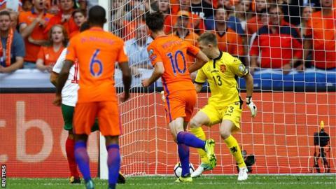Holanda se niega a morir en las eliminatorias Europa Rusia 2018