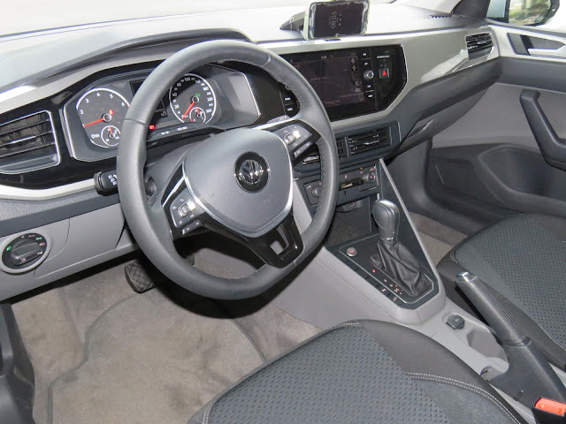 VW Polo 2018 - interior