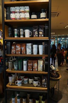 Pernak Pernik yang bisa di beli di Starbuck Pontianak