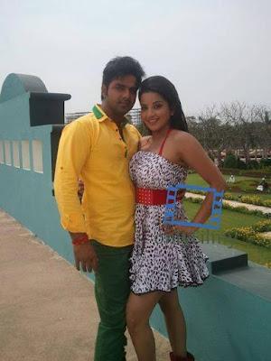 Monalisa and Pawan Singh