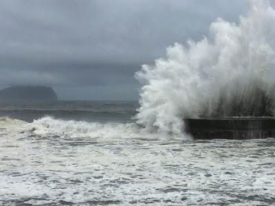 Super typhoon makes landfall in Taiwan