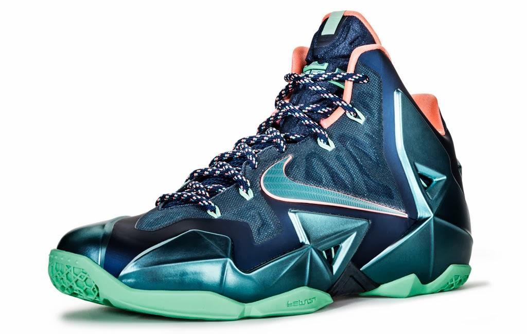 9a7dce81d3a Nike LeBron 11 -