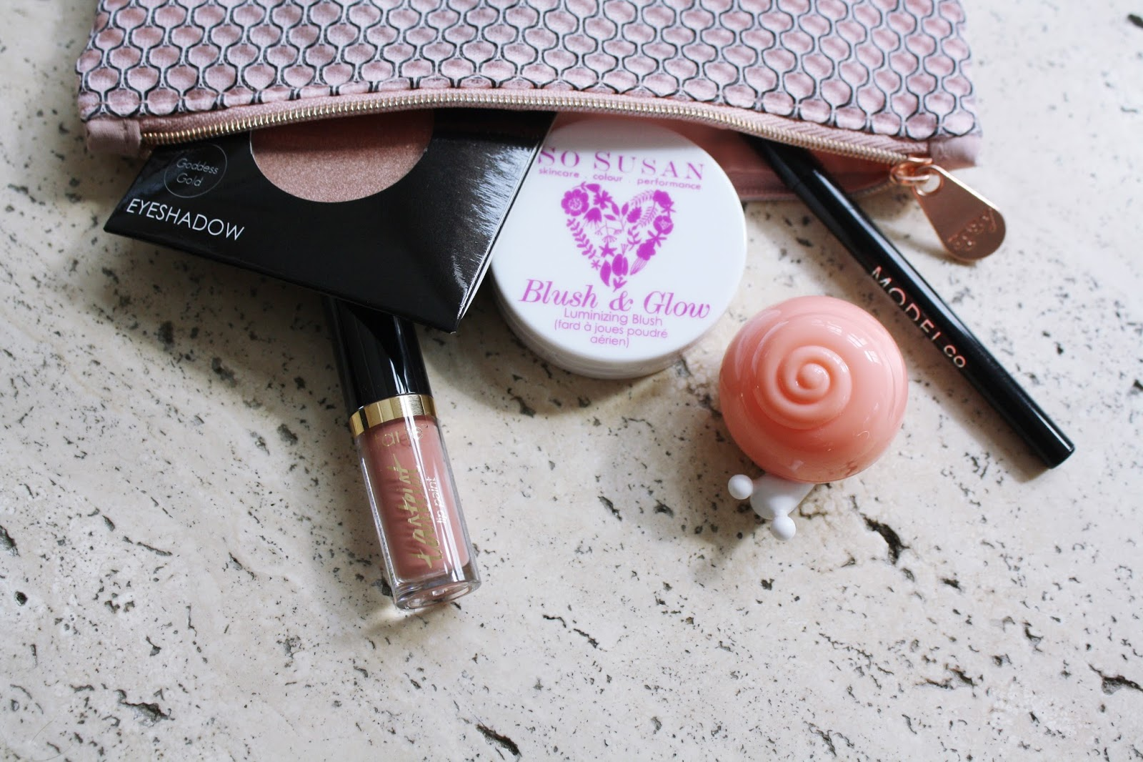 Ipsy Très Jolie Glam Bag