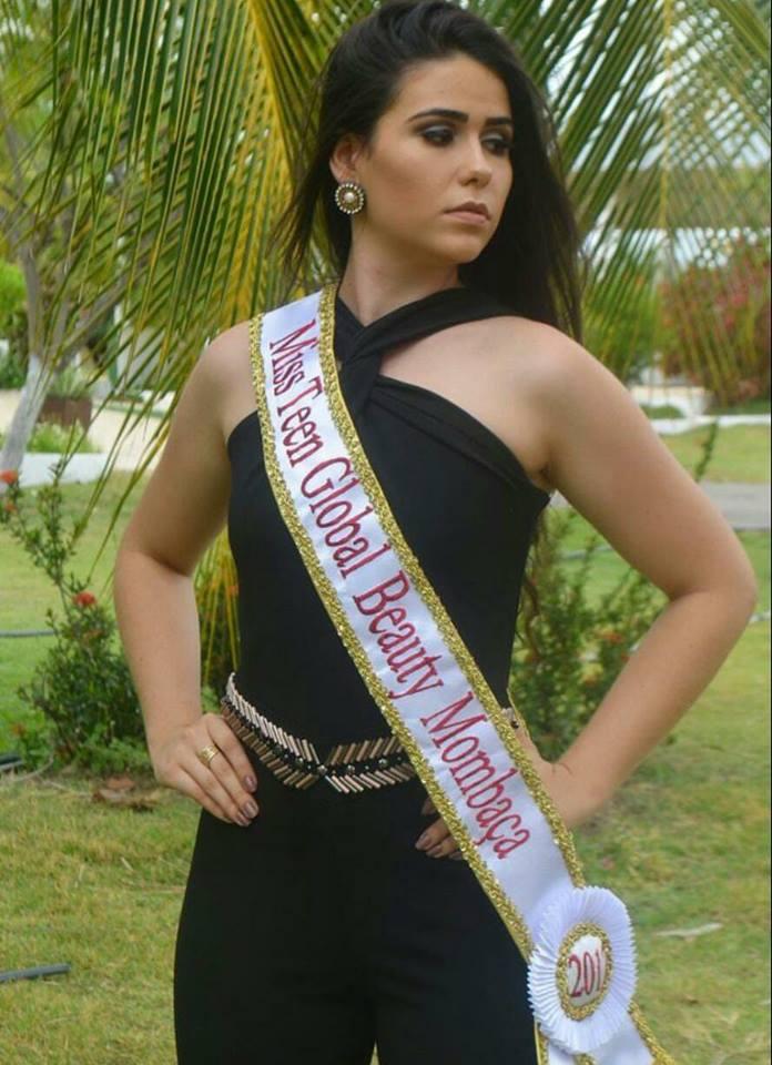 MOMBAÇA  Jovem mombacense irá disputar nesse domingo o Miss Teen ... f6b1980fdd
