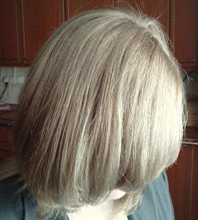 Wasze włosy u Mysi. Dekoloryzacja Pauliny. Z rudego w jaśniutki blond