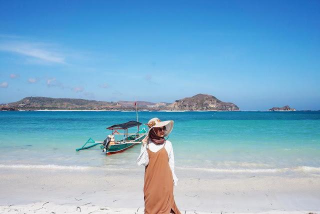 Wisata Pantai Tanjung Aan, Lombok