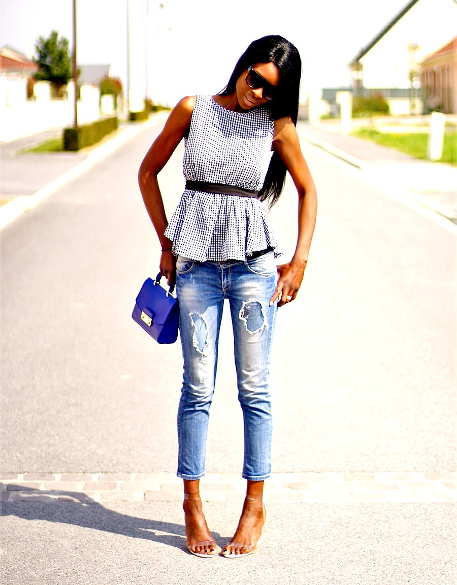 fashion-blogger-rocking-perpex-heels-trend
