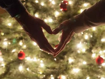 Αποτέλεσμα εικόνας για χριστουγεννα για λιγους και καλους