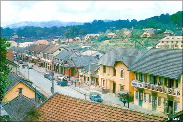 Góc phố Phan Đình Phùng những năm 1960