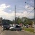 Carro sem freios desce de estacionamento na saída da Roberto Freire