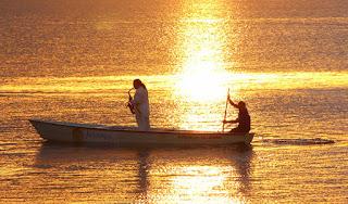 Saxofonista Jurandir no por do sol, praia do Jacaré