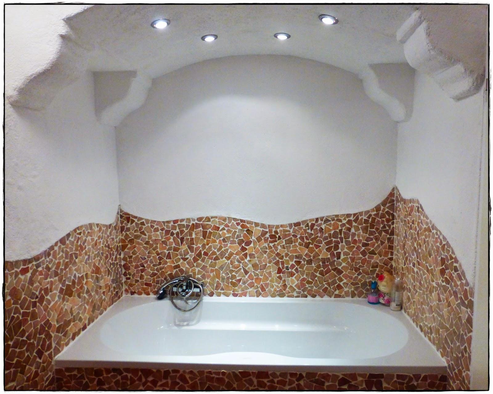 badezimmer mit holz verkleiden raum und m beldesign. Black Bedroom Furniture Sets. Home Design Ideas