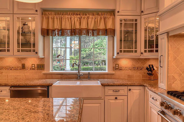 Farmhouse Kitchen Sink-Southern Style Home-House Hunting- From My Front Porch To Yours