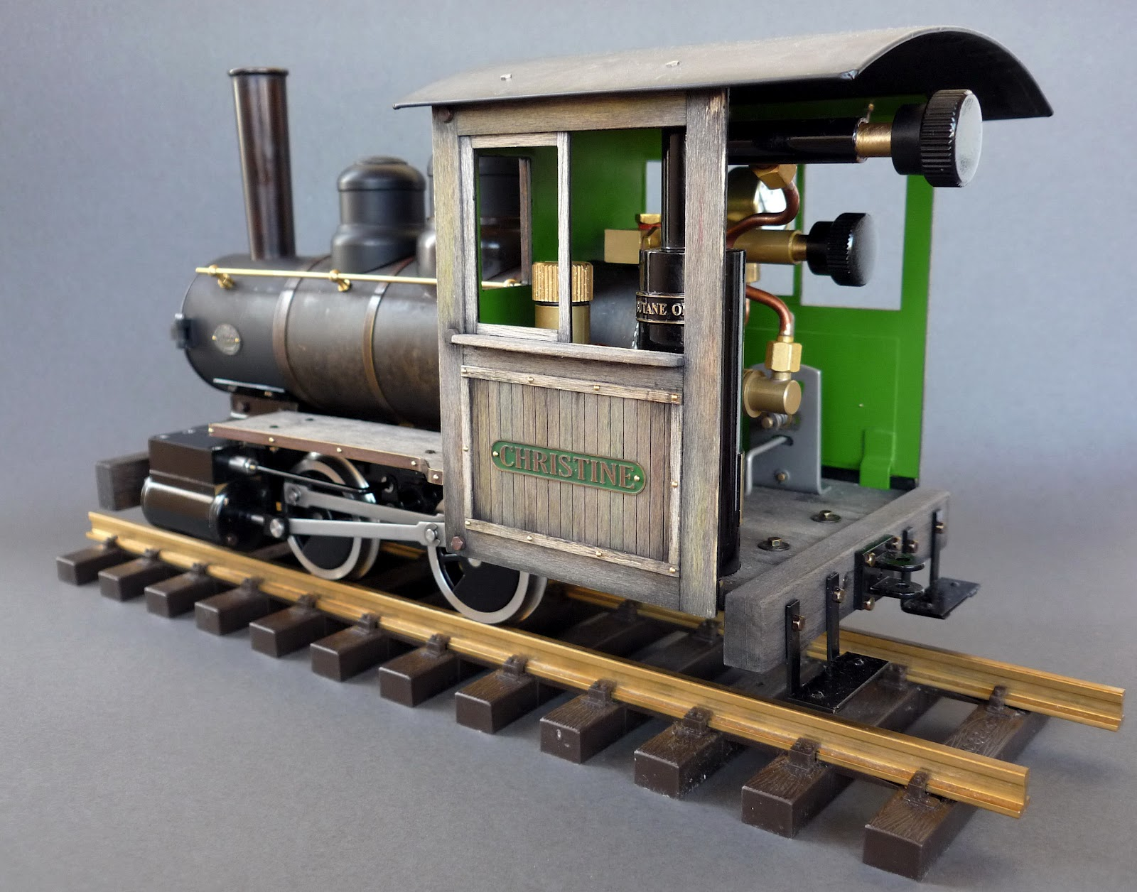 Thomas' Workbench: Accucraft Ruby Live Steam Locomotive