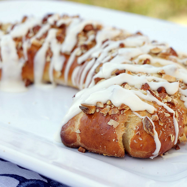 Almond Yeast Coffee Cake