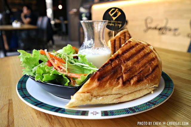 IMG 1713 - 台中西屯│1770 Cafe*棉花糖噗啾蛋好綿密。熱壓古巴麵包餡料滿滿。悠閒用餐好去處