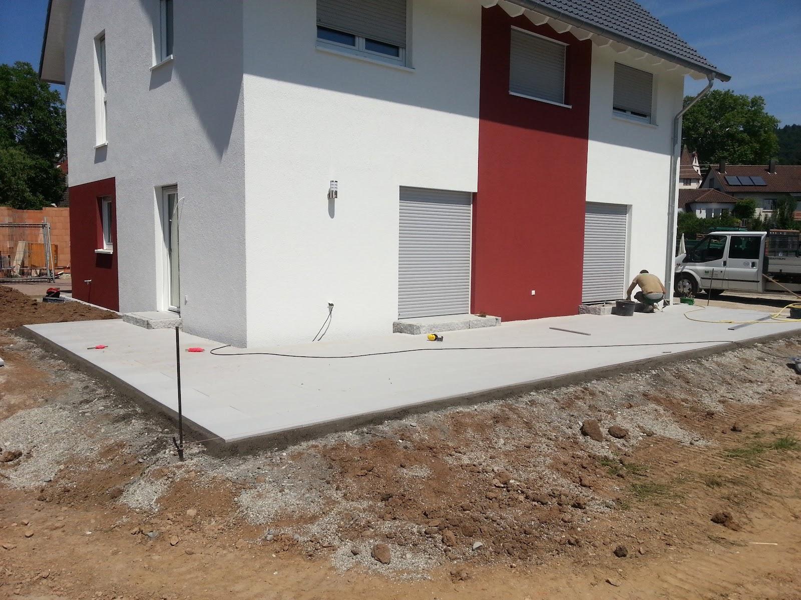 wir bauen ein okal haus terrasse und steingarten. Black Bedroom Furniture Sets. Home Design Ideas