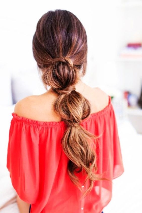 Fancy ponytail hairstyle for your next selfie