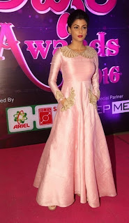 Actress Anisha Ambrose Stills in Stylish Dress at Apsara Awards 2016 0020